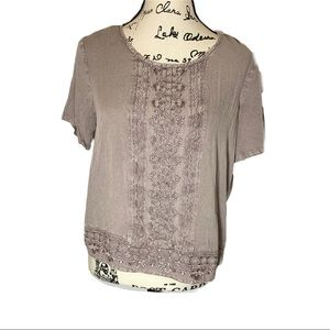 Solitaire Embroidered Top Keyhole Back